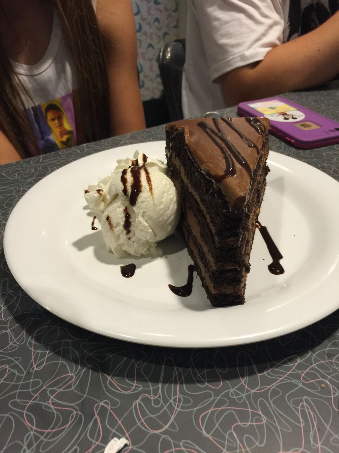 chocolate cake at 50s prime time